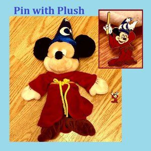 Sorcerer Mickey Pin 2004 with Plush